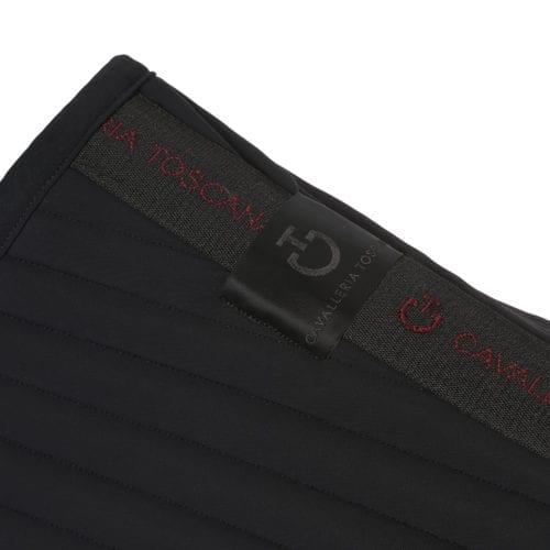 Sudadero negro modelo Quilted Row Jersey de Cavalleria Toscana